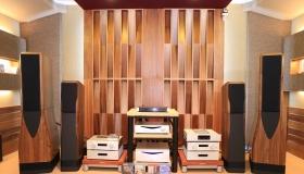 """Trải nghiệm """"Test mù"""" dây tín hiệu trong hệ thống âm thanh tại sự kiện offline hoành tráng nhất tháng 8 của Audio Hà Nội"""
