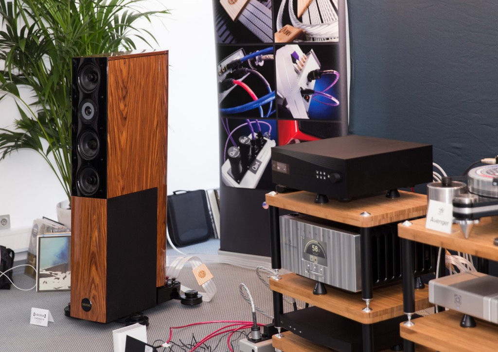 Loa Audio Physic Cardeas 30 Jubilee Edition hien dai