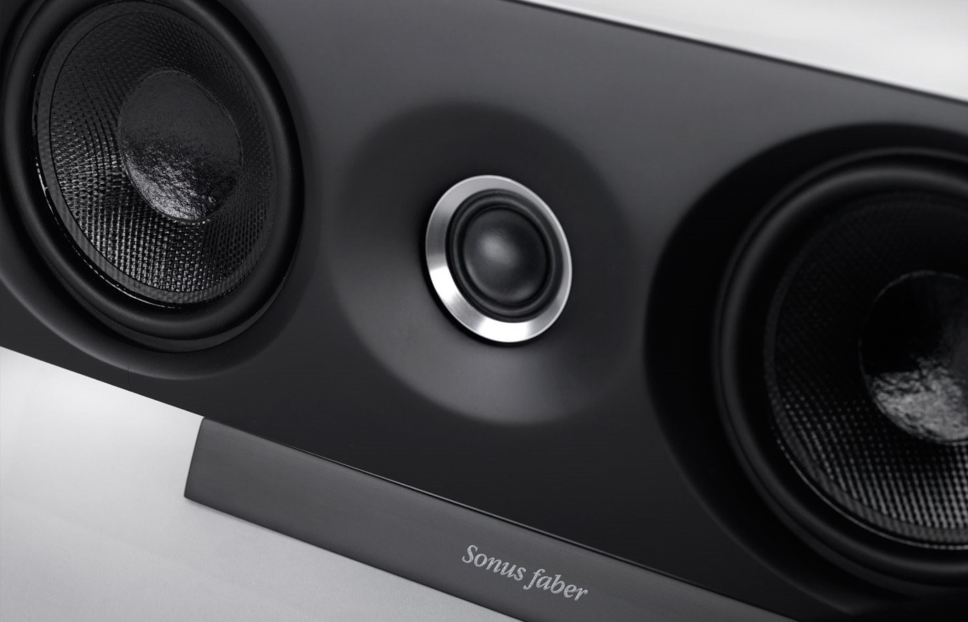 cu loa Sonus Faber Venere Center